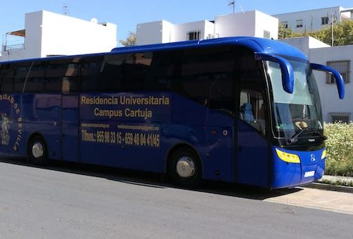Beneficios de ir en bus a la universidad